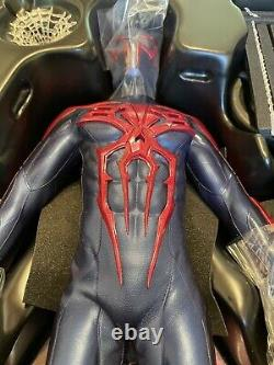 Hot Toys Spider-Man 2099 (black suit) US seller stand not included