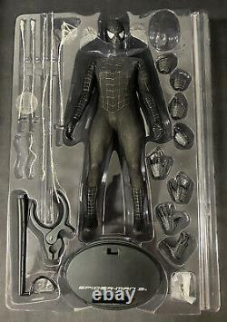 Hot Toys Spider-Man 3 Normal Edition Black Suit With Sandman Diorama Base MMS165