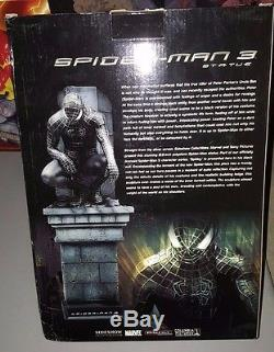 Marvel Black Suited Spider-Man Sideshow Superhero Statue 2000 pc Limited Edition